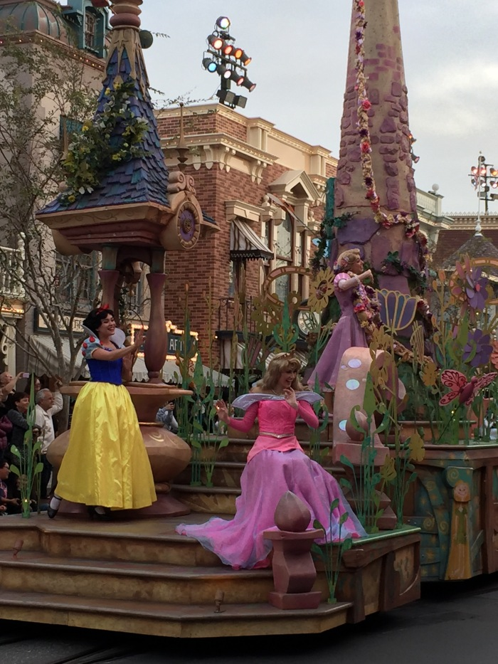 Mickey's Magical Parade - Princesses