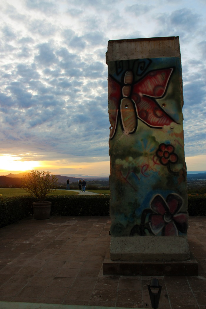 berlin-wall-sunset-ronald-reagan-presidential-library