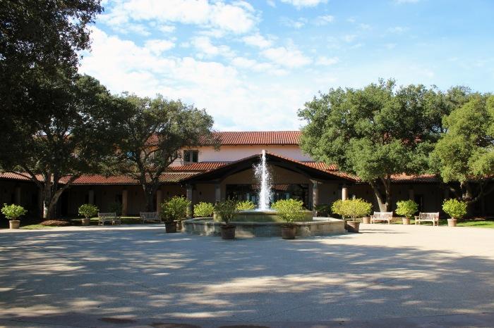 reagan-presidential-library-entrance