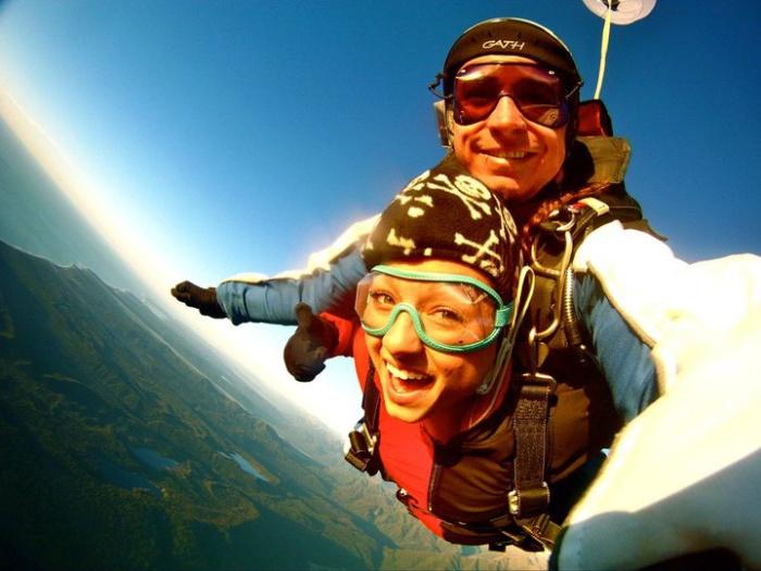sky-diving-new-zealand