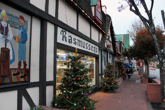 solvang-christmas-town