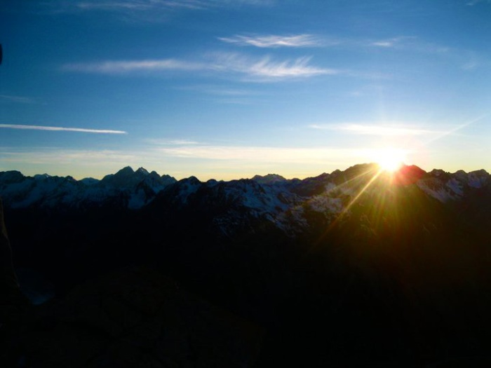 sunrise-over-mt-cook-new-zealand